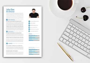 Creative Designer Resume CV/cover letter has a simple yet creative style of design