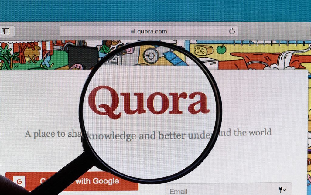10 Quora answer with website Keyword & URL