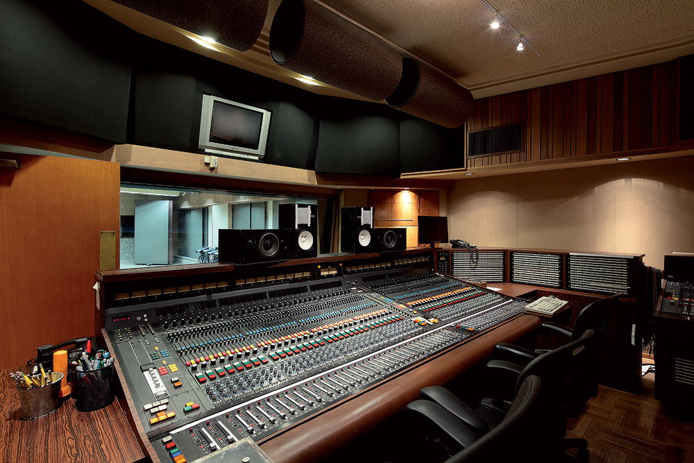 GET YOUR TRACK magnificently MASTERED by Professional Experts