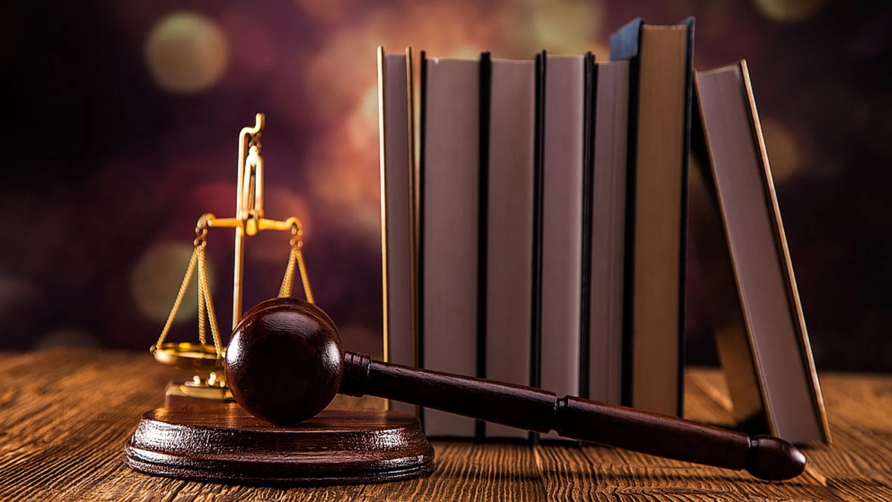 write criminal law assignment and legal essays