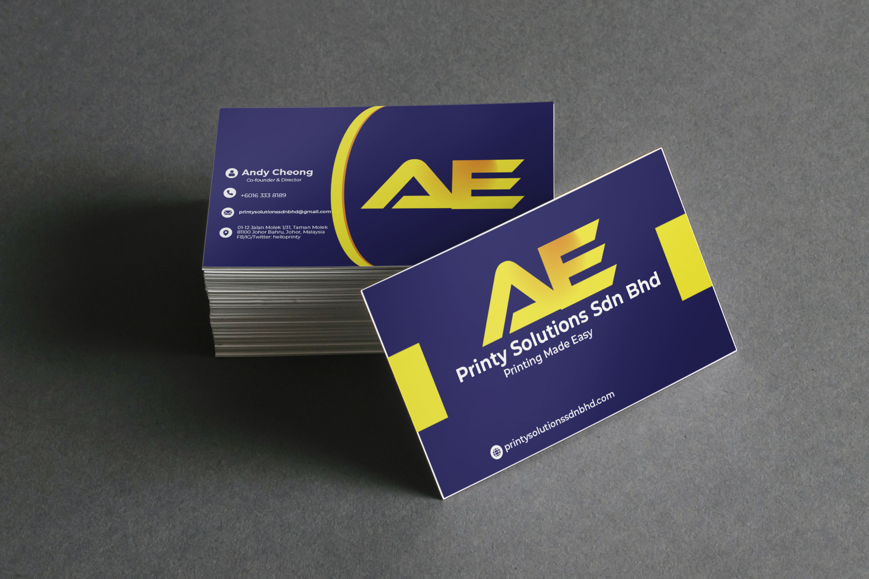 I will design professional modern minimal business card and logo for you.