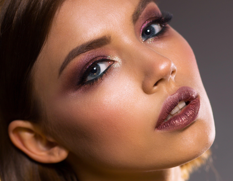 skin retouching, face smoothing, photo editing