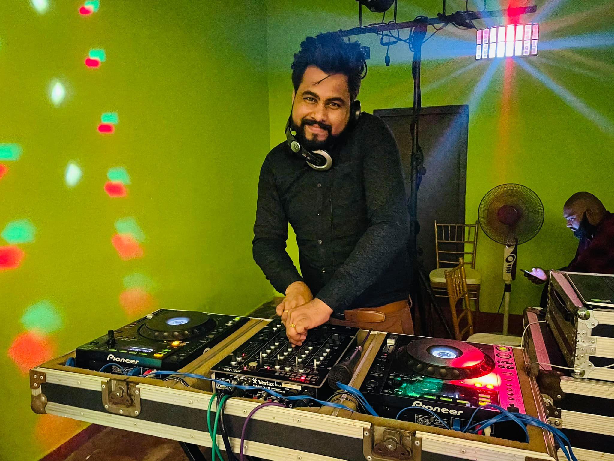 create a custom dj set or mix for you