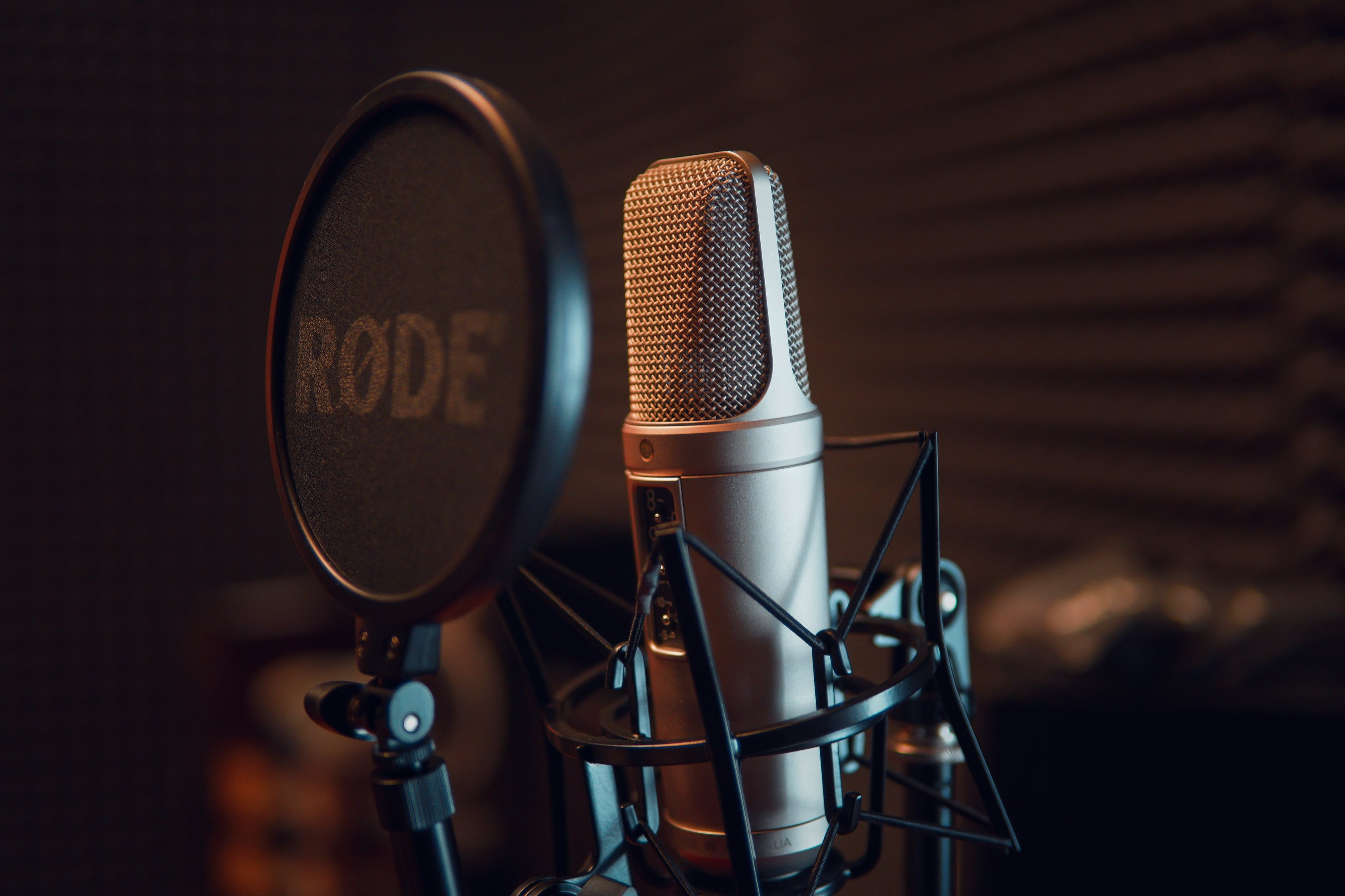 I will produce your English voice over 100 words