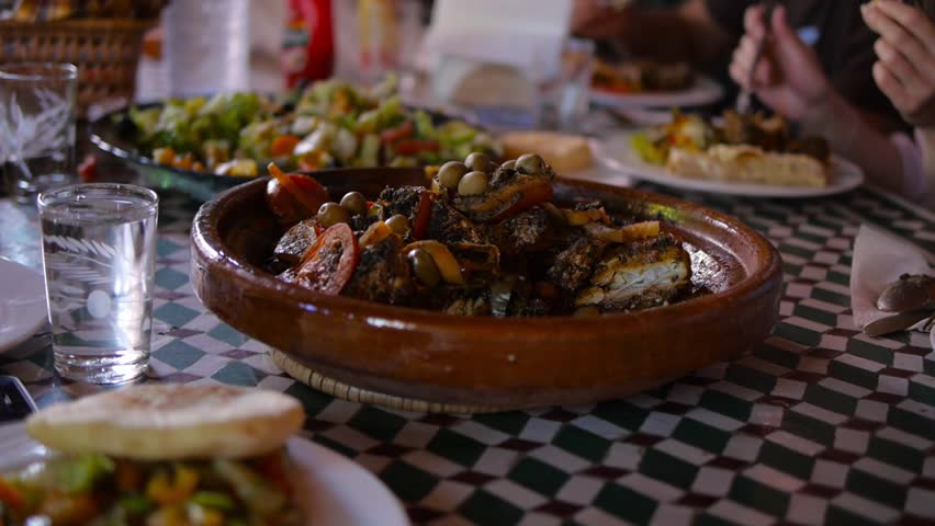 How to cook a Moroccan TAGINE