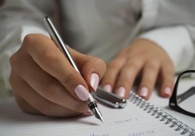 do 2000 word SEO article writing blog writing content writing