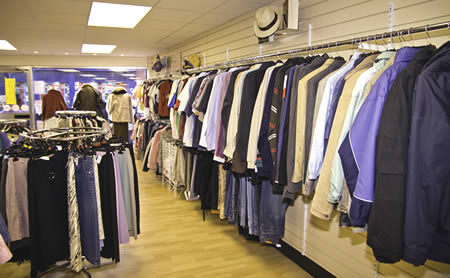 need a database of clothes shops for 60 by eurolists